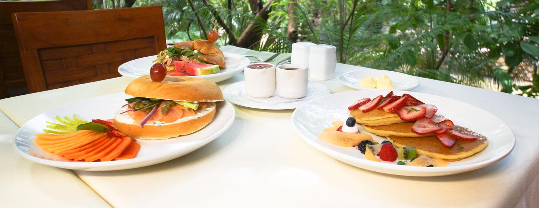 Disfrute nuestros deliciosos desayunos
